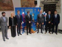 Puigdemont agraeix a Barça i Espanyol el seu
