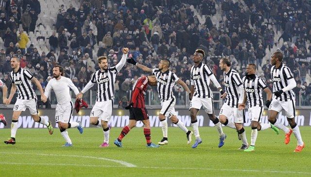 La Juventus mantiene su marcha triunfal ante el AC Milan