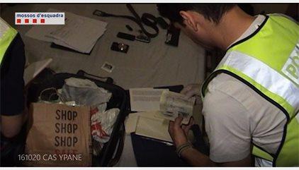 Detingut un funcionari i investigats deu presos per introduir droga a Brians 2