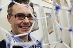 Los Premios de Física 2016 reconocen el potencial del 'nanomundo' para crear nuevos materiales que combatan enfermedades