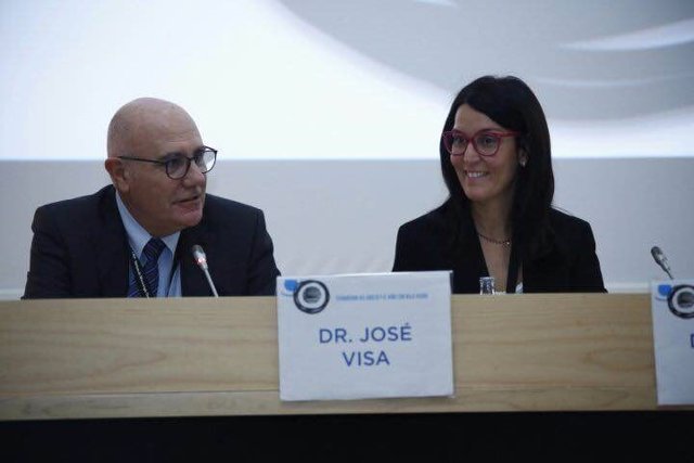 'Estrabismo Del Adulto Y El Niño Con Baja Visión'