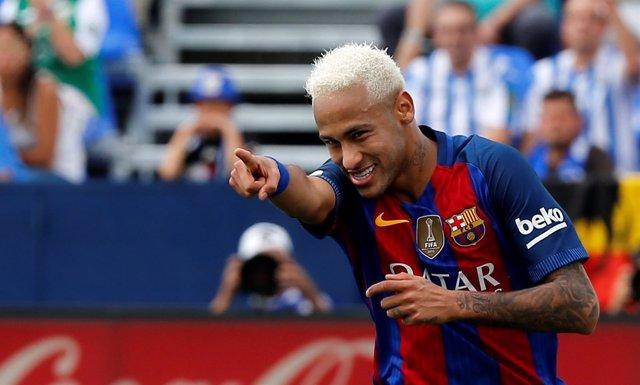 Neymar Junior celebra un gol ante el Leganés