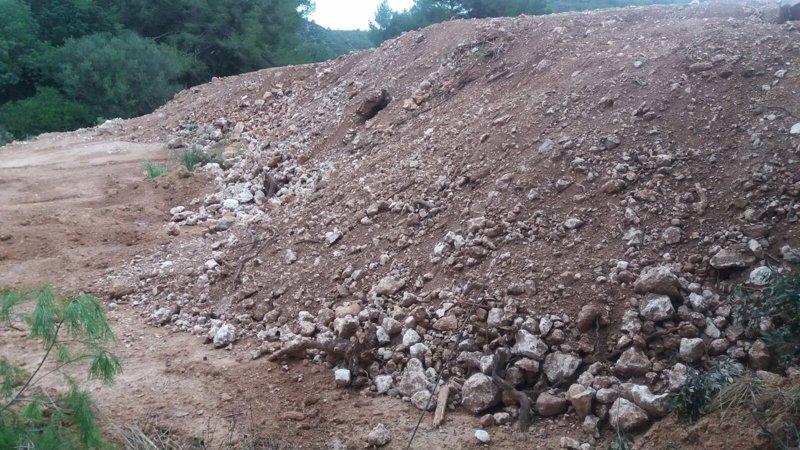Agentes de Medio Ambiente denuncian un vertedero ilegal dentro de una zona ANEI