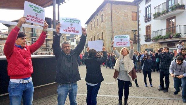 Manifestantes en Alsasua