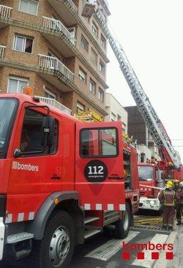 Incendio en un edificio de Amposta (Tarragona)