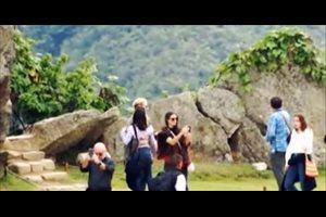 La actriz Demi Moore visita el Machu Picchu