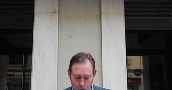 El alcalde de Jun afirma tener las firmas necesarias para pedir un...