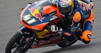 Binder domina en Moto3 y Canet sube al podio