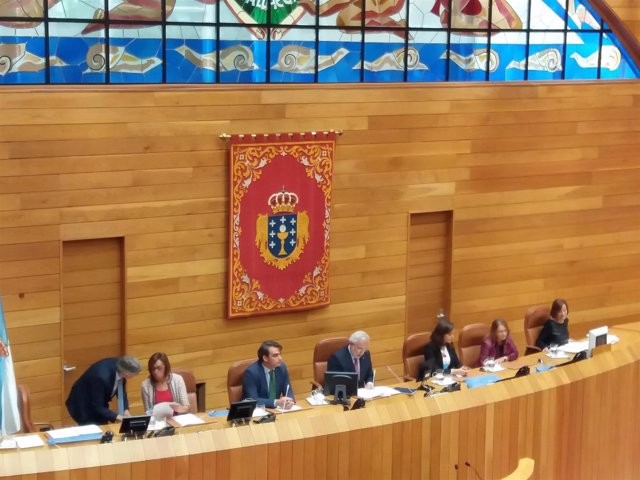 Mesa del Parlamento de Galicia