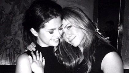 Selena Gomez recibe la visita sorpresa de Jennifer Aniston en rehabilitación