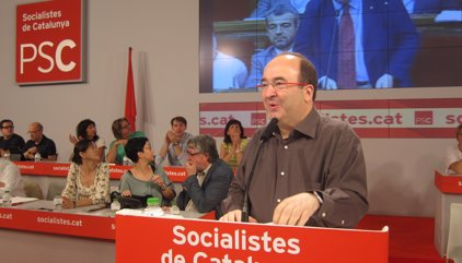 El PSC convoca dimarts un Consell Nacional extraordinari per abordar l'abstenció del PSOE