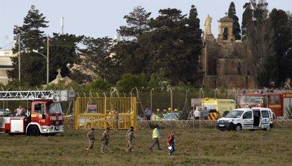 Mueren cinco franceses tras estrellarse un avión durante el despegue en Malta