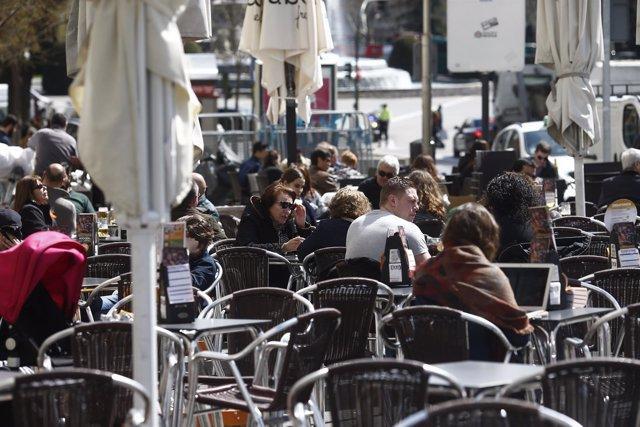 Bar, Bares, gente, personas, persona, turismo en Madrid