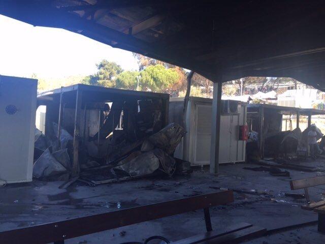 Instalaciones de EASO atacadas en Moria (Grecia)