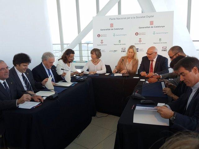Firma del Pacto Nacional para la Sociedad Digital