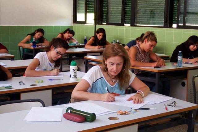 Aspirantes de las oposiciones a maestro