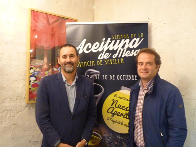 Pablo Arenas y Antonio Conde con las jornadas sobre la aceituna