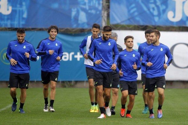 El Espanyol entrenando