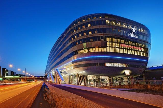 HNA Group comprará el 25% de Hilton a Blackstone
