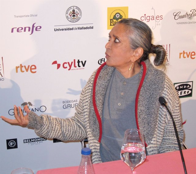 La directora india Deepa Mehta