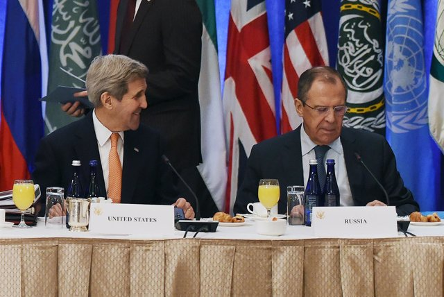 John Kerry y Sergei Lavrov