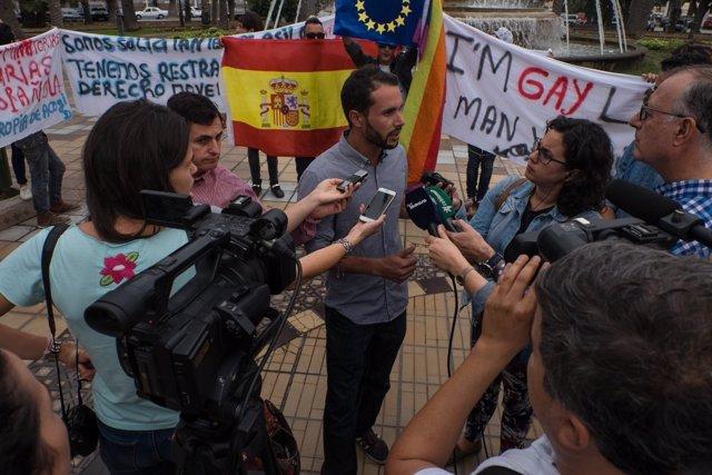 Concentración en Melilla de inmigrantes marroquíes