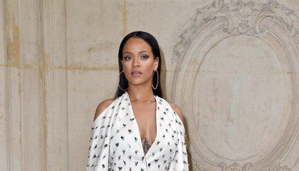 Rihanna hace un llamamiento desesperado para encontrar a una de sus bailarinas...