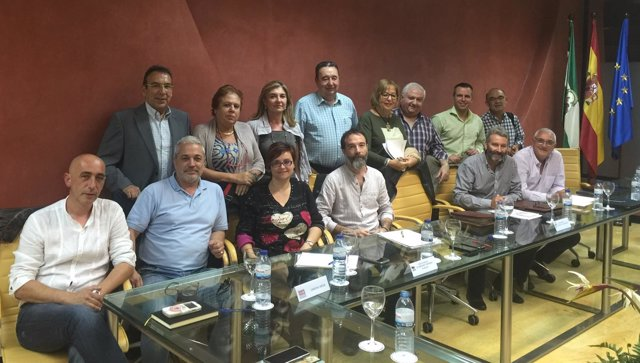 Reunión de Adelaida de la Calle con los sindicatos de Educación