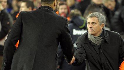 """Xavi: """"La rivalitat entre Mourinho i Guardiola és bona per al futbol anglès"""""""