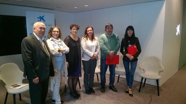 Ana Díez Fontana presenta ayudas de La Caixa a entidades sociales.