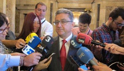"""El PP demana a Forcadell fer """"un pas enrere"""" i deixar la presidència del Parlament"""