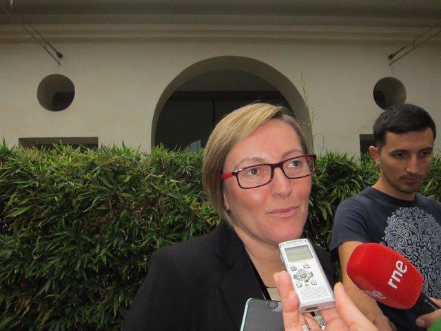MARÍA JOSÉ SALVADOR