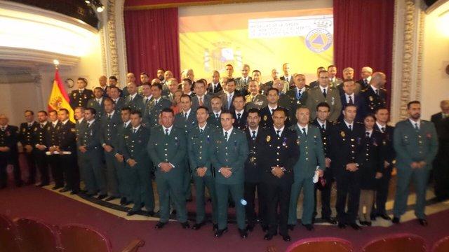 Foto oficail del acto de entregas de medallas a Protección Civil