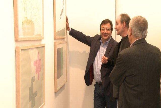 Vara inaugura la exposición 'Juego a Dos'