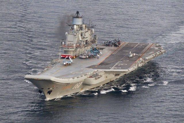 El portaaviones ruso Almirante Kuznetsov