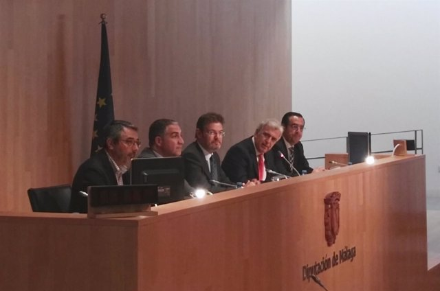 Catalá en reunión de jueces decanos en Málaga