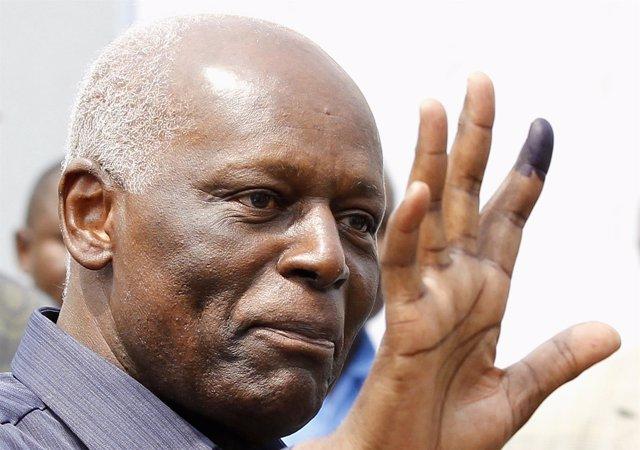El presidente de Angola, José Eduardo dos Santos