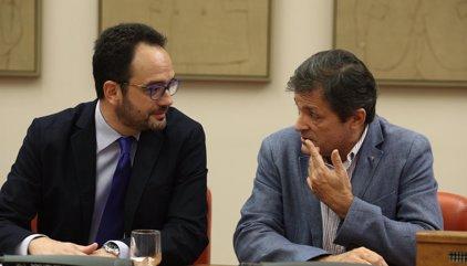 Hernando avisa a diputados del PSOE: No cabe libertad de voto ni abstención mínima