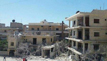 22 morts, inclosos set nens, en bombardejos aeris en una escola a Síria
