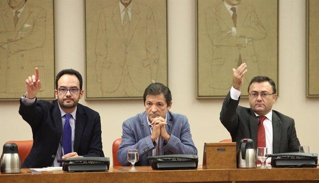 Antonio Herando, Javier Fernández y Miguel Angel Heredia, del PSOE