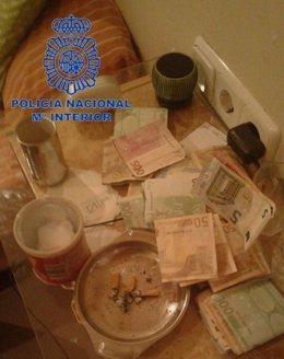 Algunos de los objetos incautados por la Policía