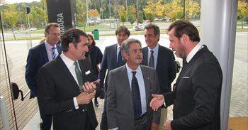 Revilla reclamará el tren de altas prestaciones a Rajoy y le pedirá el...