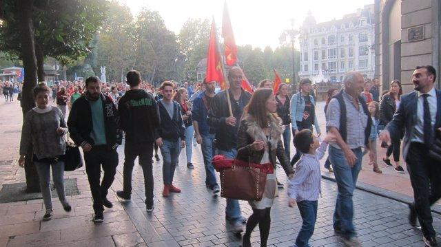 Manifestación contra las reválidas.
