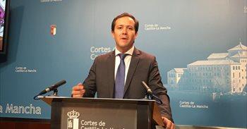 """PP celebra el dato, lo atribuye a Rajoy y rechaza el """"triunfalismo"""" de la..."""