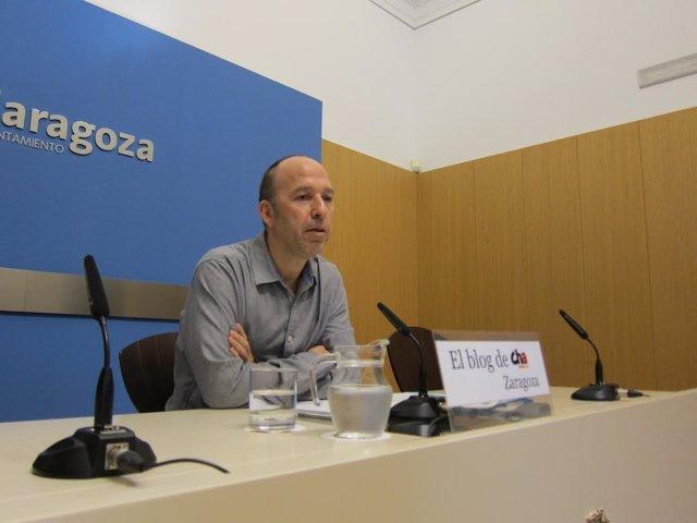 El portavoz del grupo municipal de CHA en el Ayuntamiento, Carmelo Asensio.