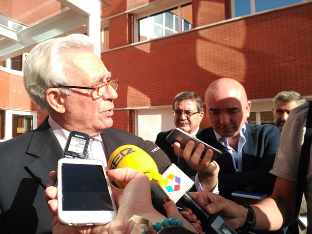 Sánchez Martos durante su visita a Alcorcón