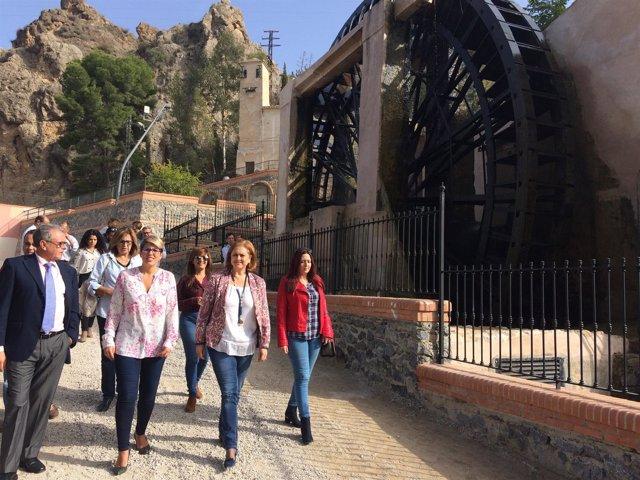 Arroyo y Molina visitan la Noria