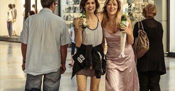Dos pacientes psiquiátricas comparten fuga y amistad en 'Locas de...