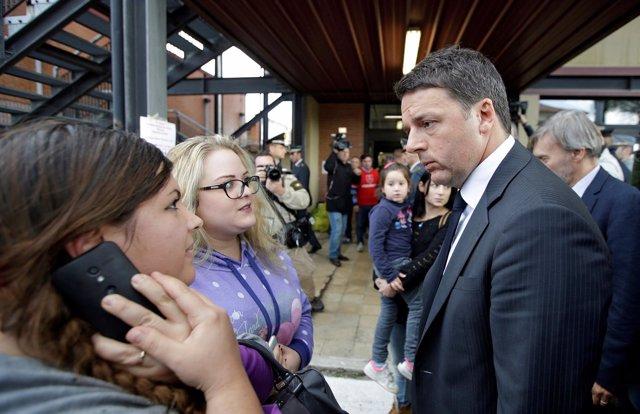 Matteo Renzi visita las zonas afectadas por los terremotos