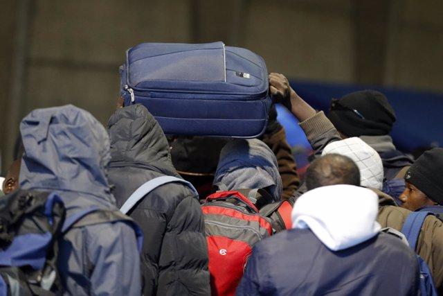 Desalojo del campamento de Calais